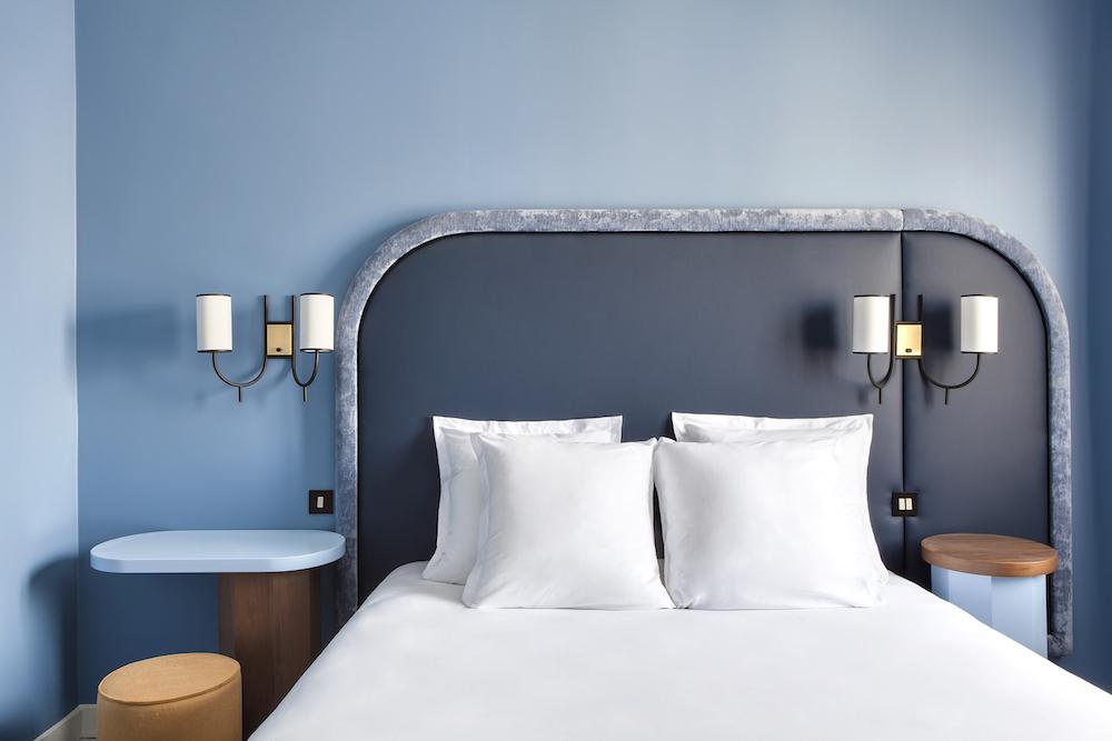 hotel-bienvenue-paris-9eme-staycation-déco-chambre-bleue
