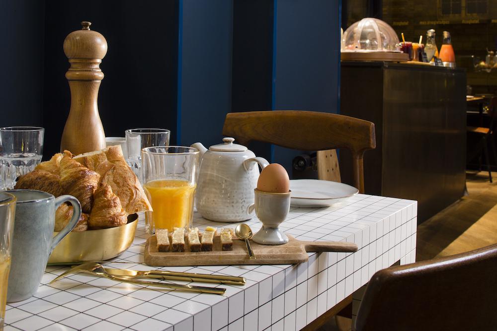 Bonnes adresses et idées balades en amoureux insolites butte-aux-cailles-paris coq hôtel Staycation