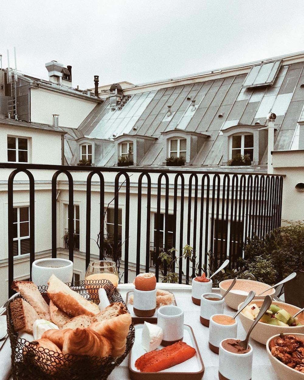 petit dejeuner terrasse hotel grands boulevards paris
