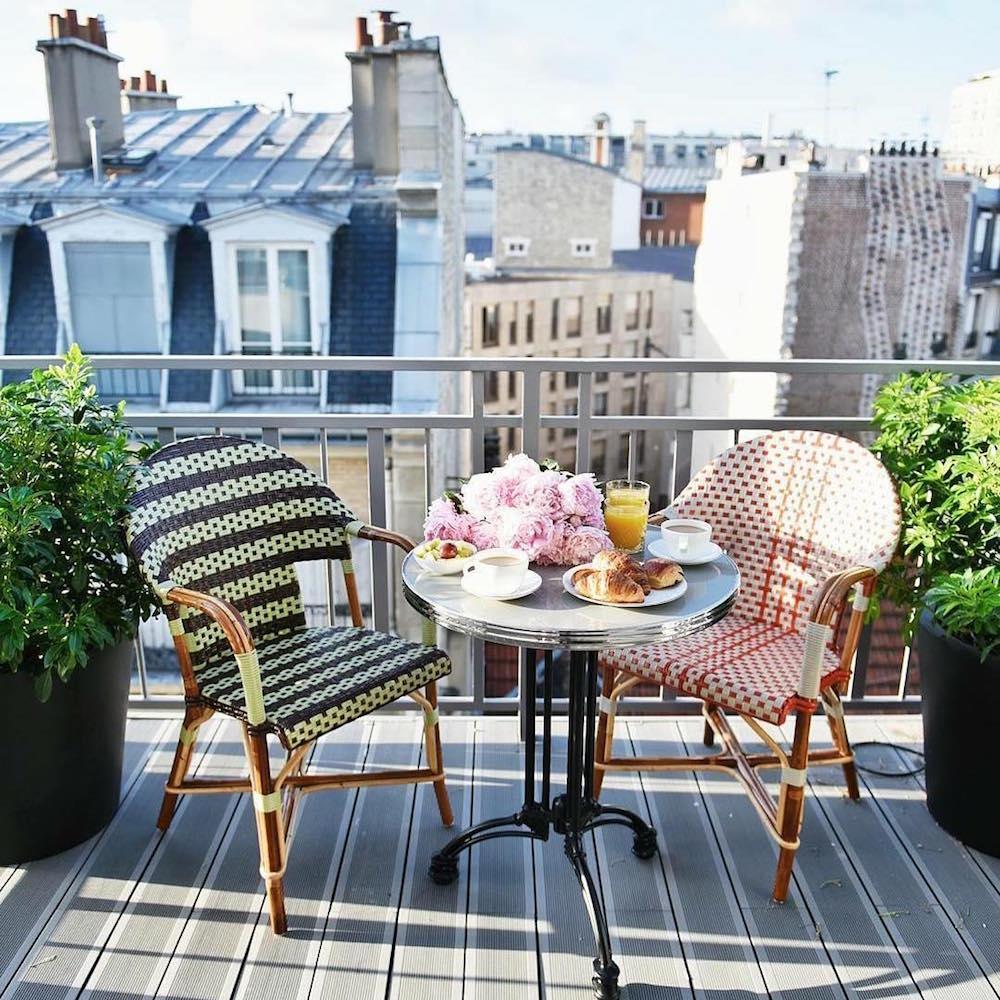 hotel paris 15 eiffel blomet terrasse suite petit déjeuner