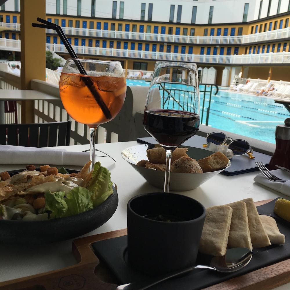 hotel molitor piscine déjeuner brunch