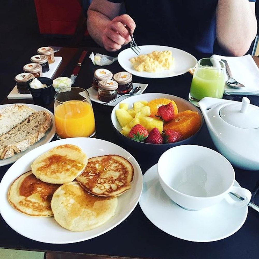 hotel molitor petit déjeuner brunch
