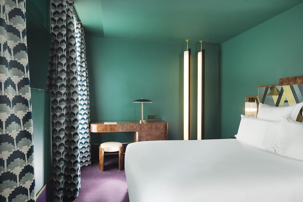 hotel paris 2ème avec piscine intérieure privée et spa privatif chambre déco