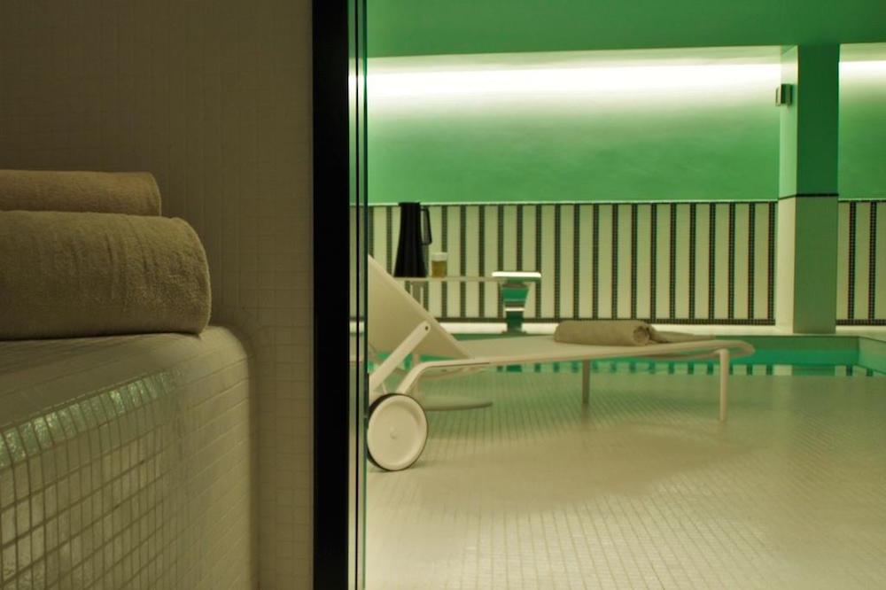 hotel paris 2ème avec piscine intérieure privée et spa privatif hammam privatif