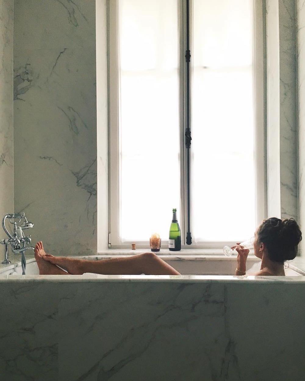 saint germain des près hotel le saint paris bain suite chambre avec baignoire Junior Suite