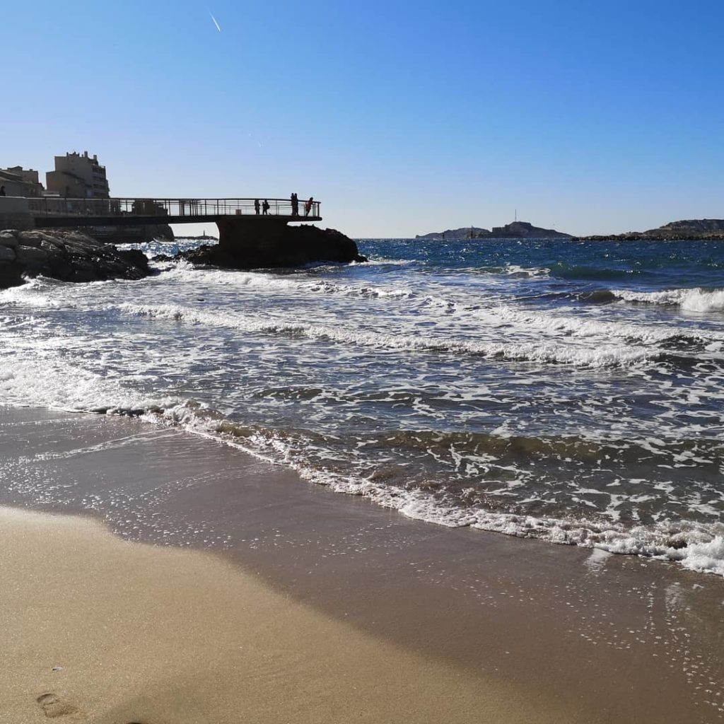 plage des catalans marseille france