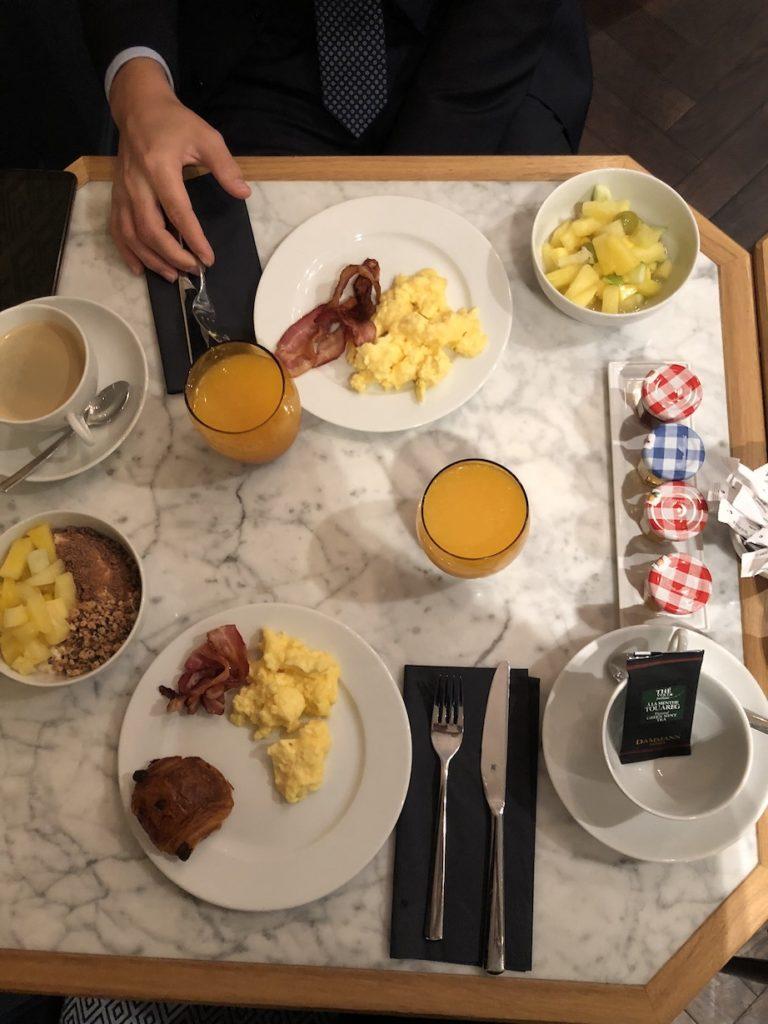 petit déjeuner hotel square louvois