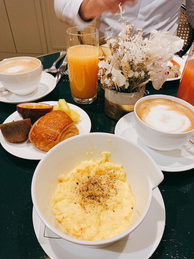 petit déjeuner grand powers paris
